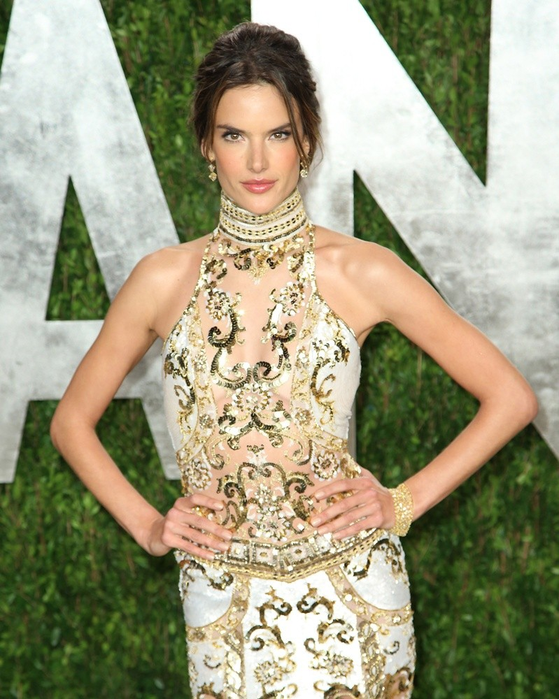 All Celebrities: Alessandra Ambrosio Profile and Images