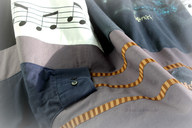 Patchworkdecke aus alter Kleidung