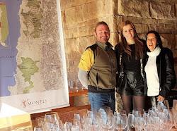Momento com um dos renomados enólogos da Vina Montes no Chile