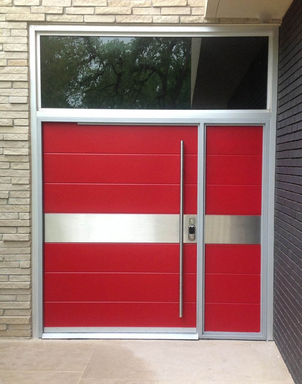 Portella custom steel doors and windows for Metal entry doors