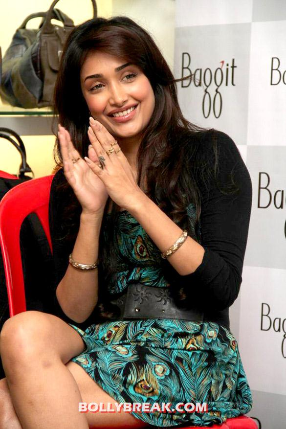 Jiah Khan in short dress sitting cross legged - Hot Dusky Jiah Khan at 'Baggit' new collection preview