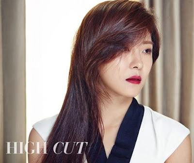 Ha Ji Won High Cut Vol. 161