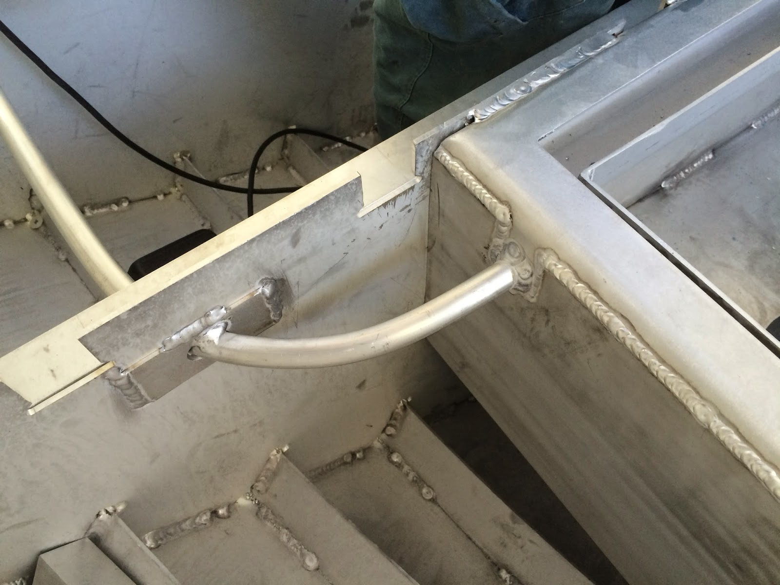 how to build aluminum welding deck