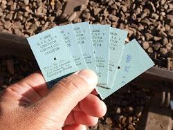 tiket penting saat ingin berliburan