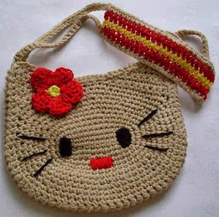 PATRON GRATIS BOLSO HELLO KITTY DE CROCHET 2611