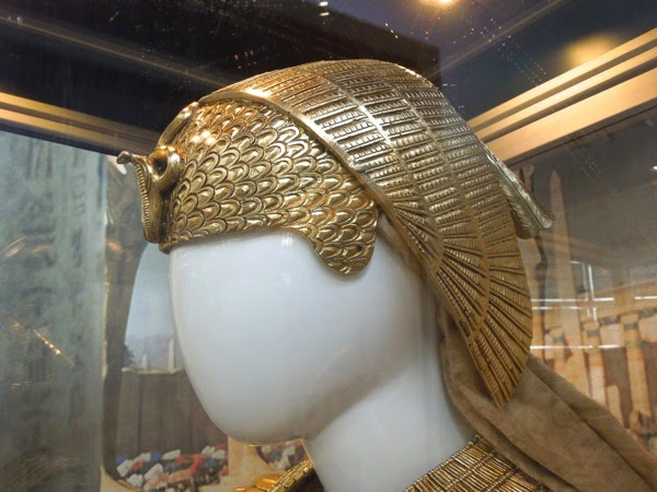 Exodus Gods and Kings Ramesses crown