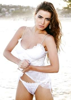 Paparazzo Rayanne Morais