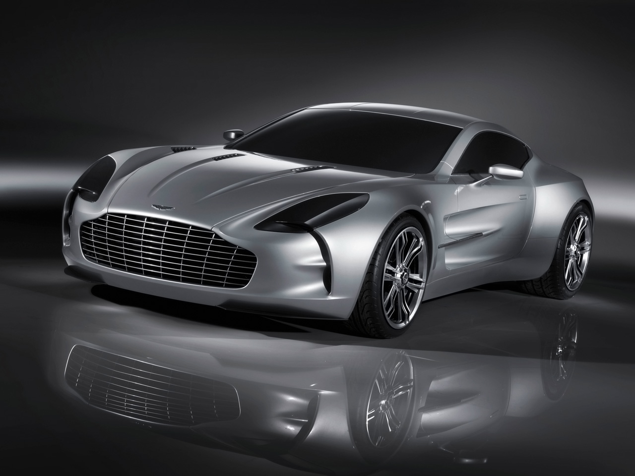 http://3.bp.blogspot.com/-eGHhon9OuMM/TaseWrzDxbI/AAAAAAAAADk/Js3lA9lfROg/s1600/2009-Aston-Martin-One-77-Front-Angle-Tilt-1280x960%2B%2525281%252529.jpg
