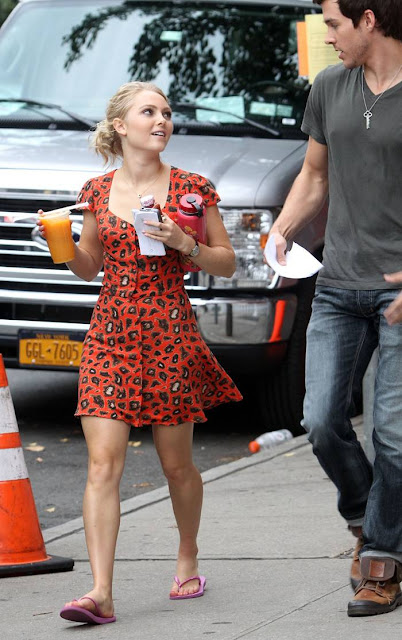 Anna Sophia Robb on the set of 'The Carrie Diaries' in NYC
