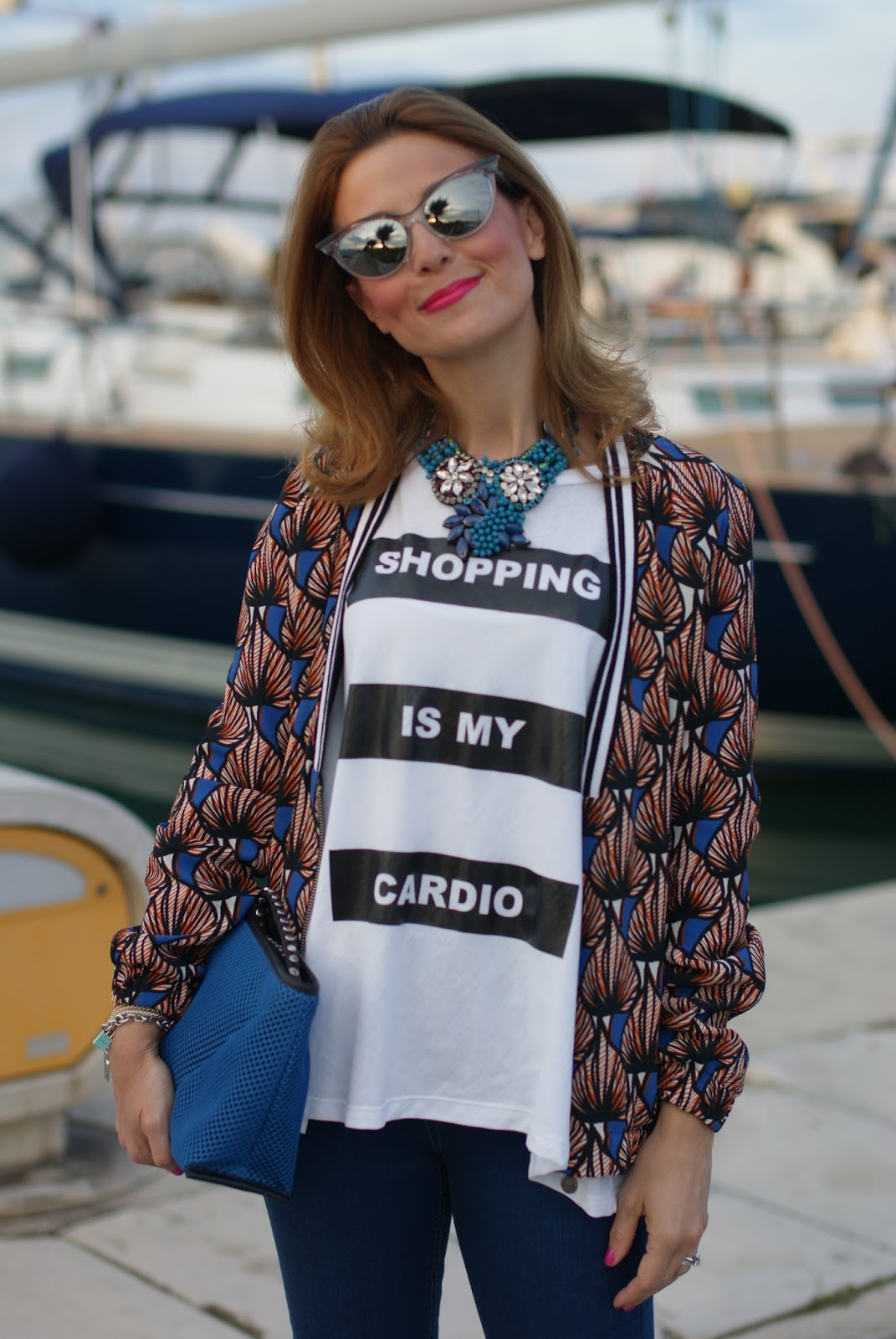 Shopping is my cardio oversize t-shirt, Dixie t-shirt, Zara jeggings on Fashion and Cookies fashion blog, fashion blogger style