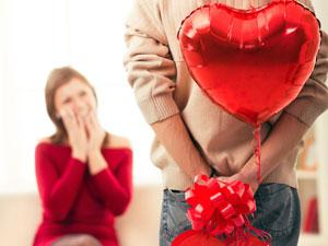 5 Valentine Gifts Women Hate! - surprising a girl