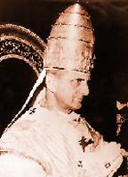 Papa Pablo VI con la tiara papal, elemento de coronación