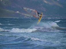 Serfing  στη Χιλιαδού
