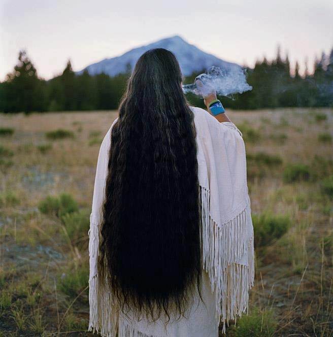 White Wolf : Elders talk about the significance of long hair in Native American Cultures (Videos)