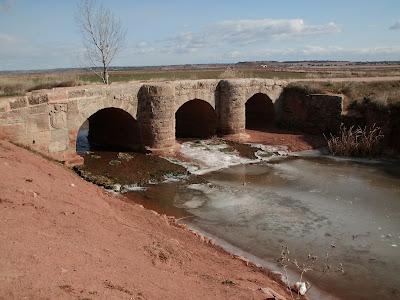 Puente medieval, Santuario Virgen de la Antigua, Villanueva de los infantes, campo de montiel, Ciudad Real, Castilla la mancha
