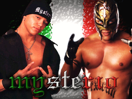 Hot ñ Cool Mails: Rey Mysterio Unmasked Photos