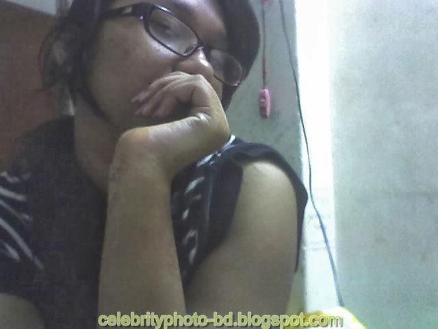 Dhaka+Girl+Homely+Made+Model+Photos024
