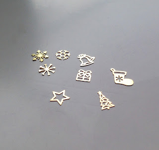 120pcs 3D Metal Christmas Nail Art Decoration Snowflake Gold Decorations in Wheel