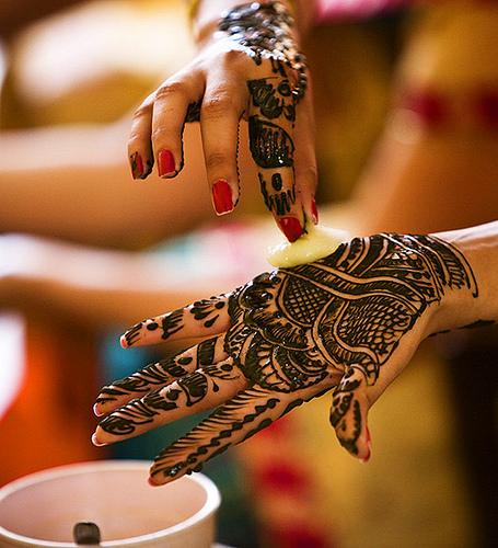 girl tattoo designs dragon mehndi designs for eid. Black Bedroom Furniture Sets. Home Design Ideas