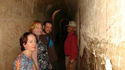 Lucknow Bara Imambara inner passageway maze