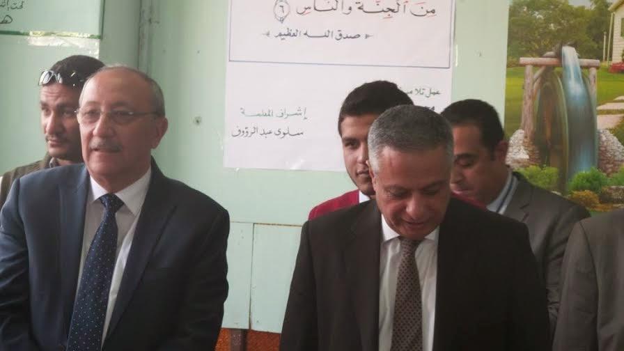دكتور محمود ابو النصر وزير التربية والتعليم,جولة وزير التربية والتعليم ,اسوان,مدارس اسوان,Prof.Dr. Mahmoud Abu-Nasr