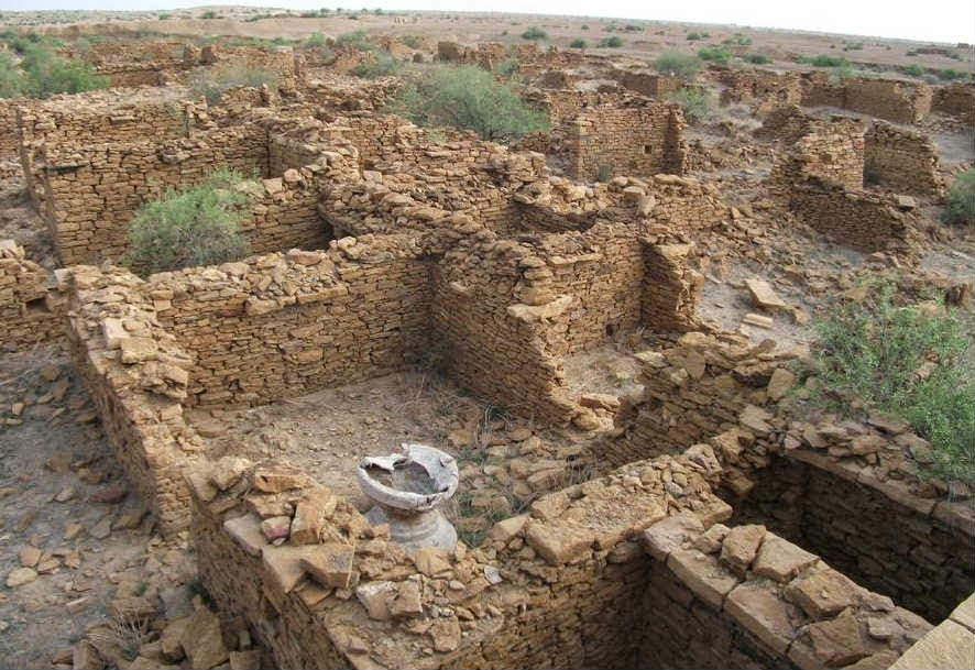 Internal architecture of the houses now in ruin in Kuldhara
