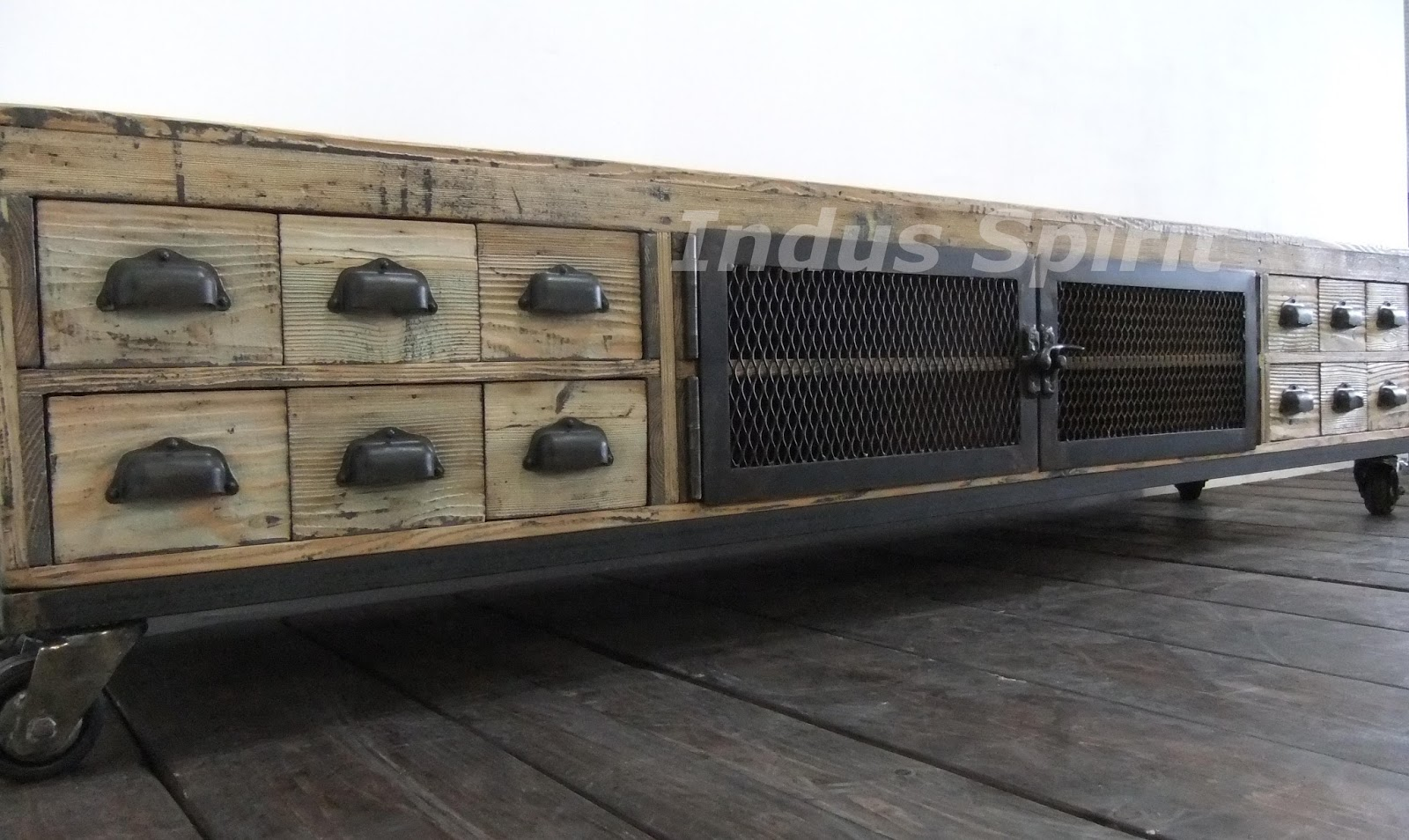 meuble tv industriel bois metal maison design. Black Bedroom Furniture Sets. Home Design Ideas