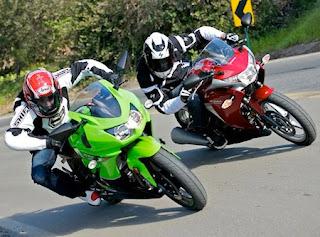 Komparasi CBR 250, Ninja 250, dan Megelli 250
