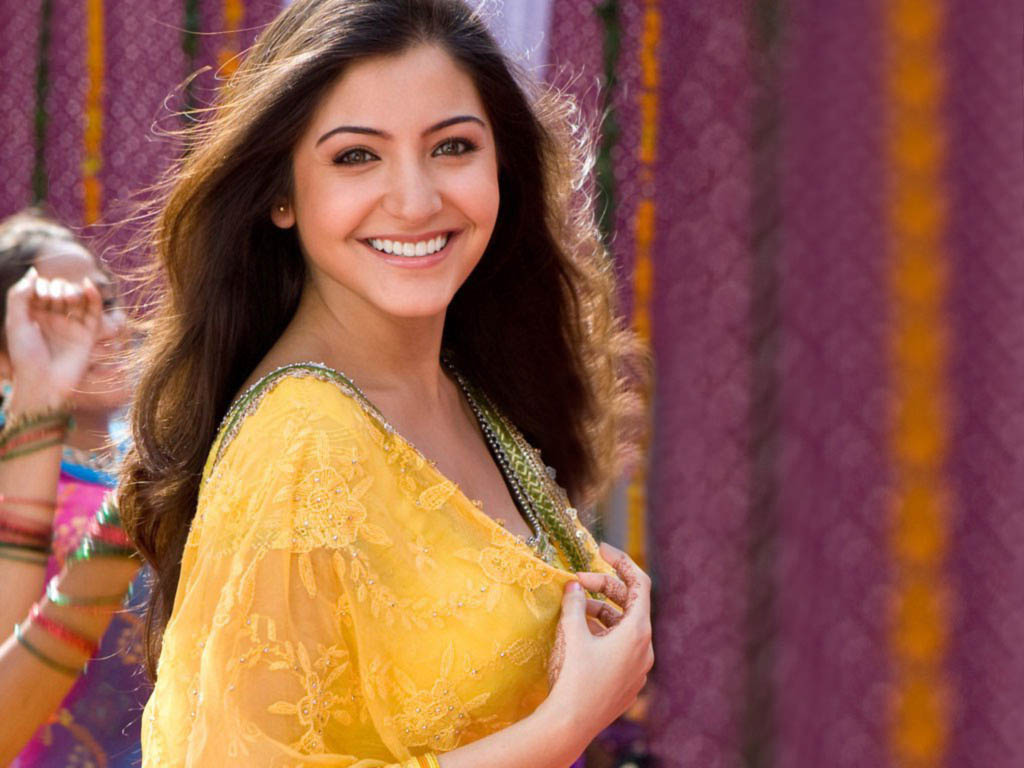 actresses hd wallpapers: anushka sharma hd wallpapers