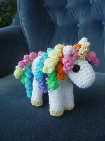 Sheep Dogs Fleece: Unicorn