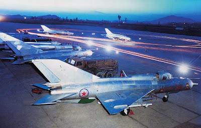 http://3.bp.blogspot.com/-eJEpyTL-yUc/UT00zrpKhqI/AAAAAAAAJSs/-wk0OPlmZug/s1600/MIG-21northkorea1.jpg
