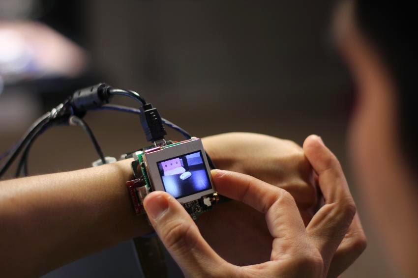 Carnegie Mellon prototype smartwatch