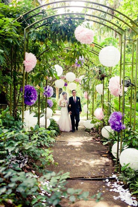Rom at au jardin spellbound weddings for Au jardin wedding package