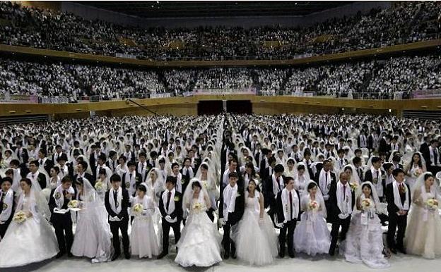 3500 couples mass wedding south korea