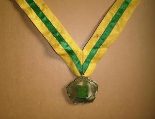 medali kuningan, harga medali emas, bikin medali wisuda, 0812.3365.6355, www.rumahplakat.com