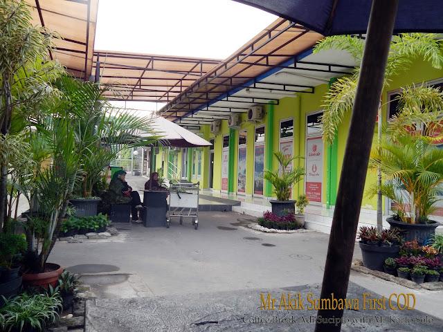 Mr Akik Sumbawa At Coffee Break Adi Sucipto Jogjakarta