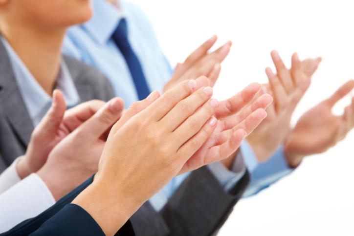 ¿Por qué son contagiosos los aplausos?