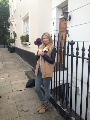Zara, Zara waist coat, fur waist coat, camel waist coat, street style , street style london