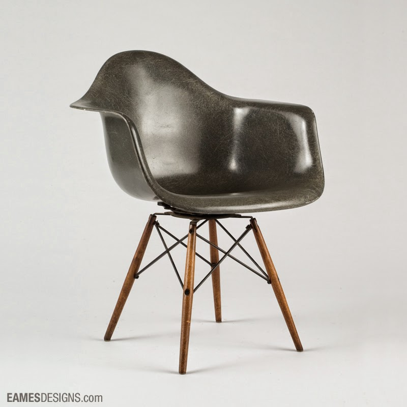chaise copie eames trendy chaise a bascule design meubles. Black Bedroom Furniture Sets. Home Design Ideas