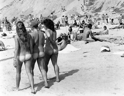 ... but in the swinging '70s Black's was a large nude beach in San Diego.