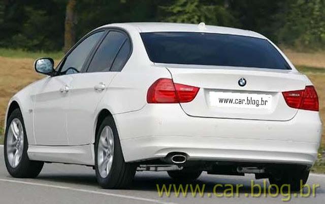 BMW 318i Sport - traseira