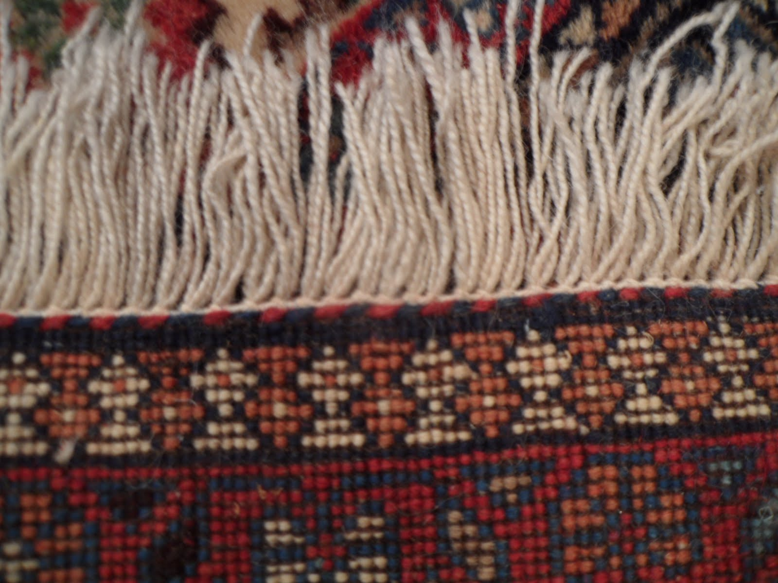Also The Sches On Back Of Rug Make It Easy To Tell If