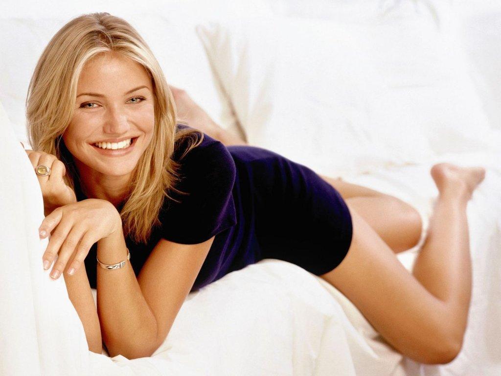 cameron diaz actress hot photos images 2012 hollywood. Black Bedroom Furniture Sets. Home Design Ideas