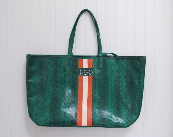 The Print Garden: custom monogramming beirn bags
