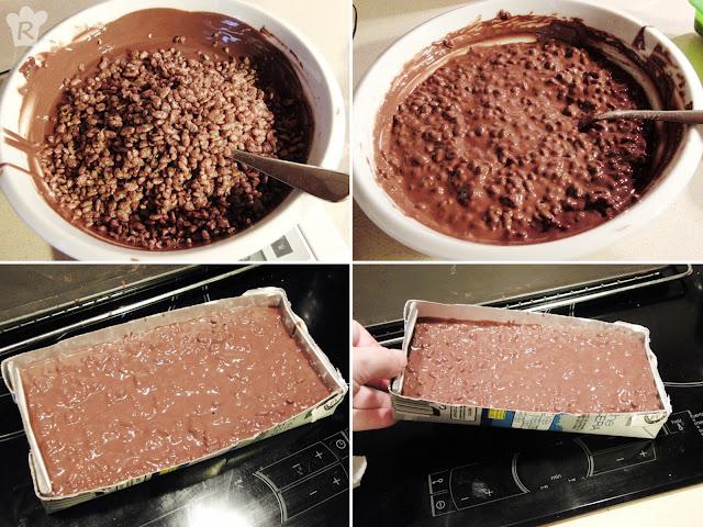 Incorpora el arroz y vierte en el molde