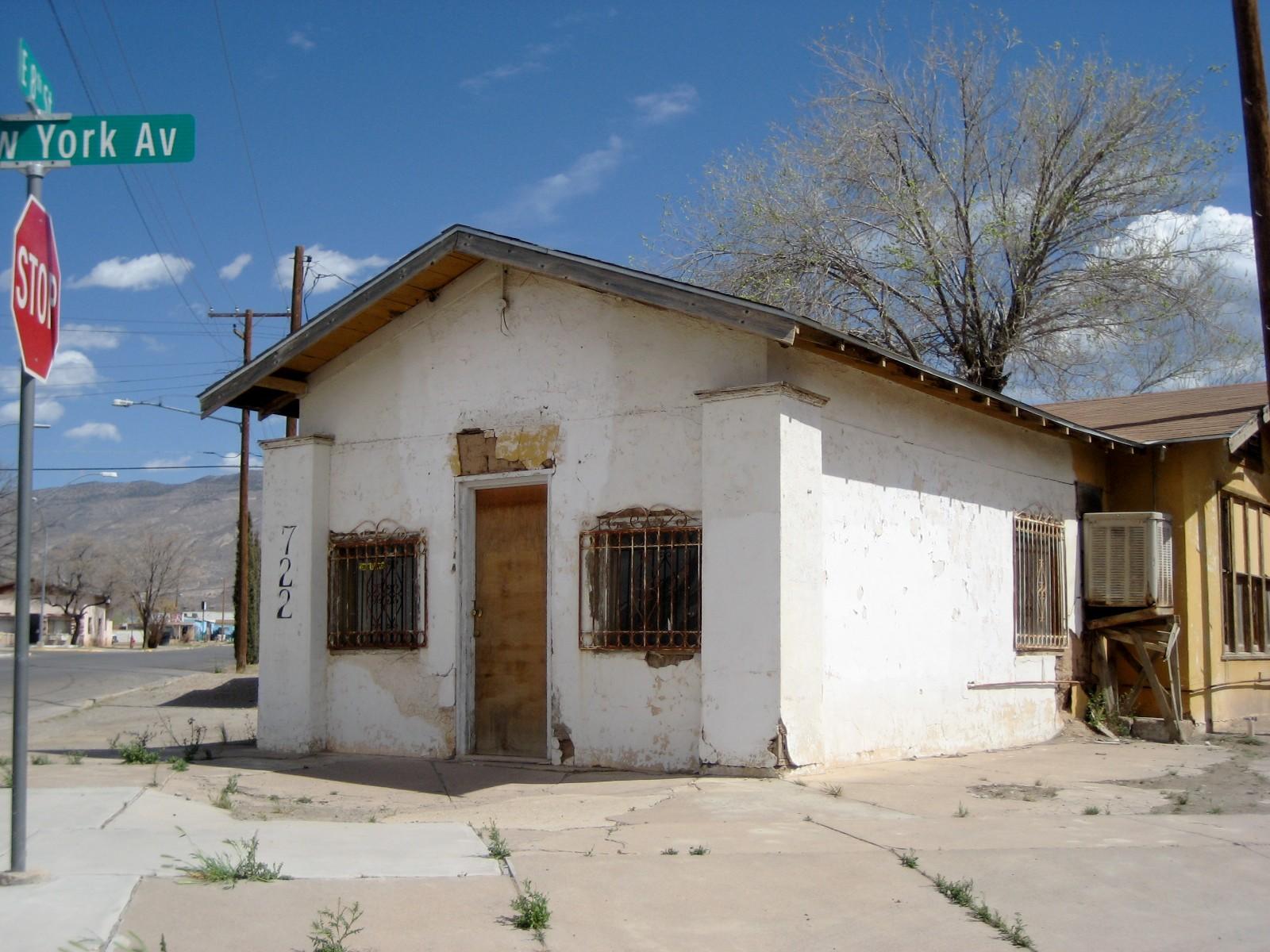 Living Rootless: New Mexico: Architecture 3: Alamogordo ...