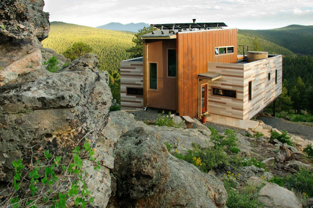 Green off-the-grid shipping container home