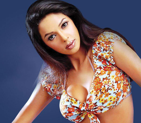 Actrice bollywood photos nues