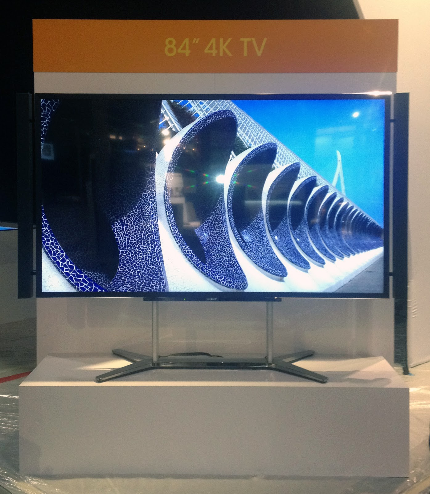 Sony XBR-84X900 4K Ultra HD TV