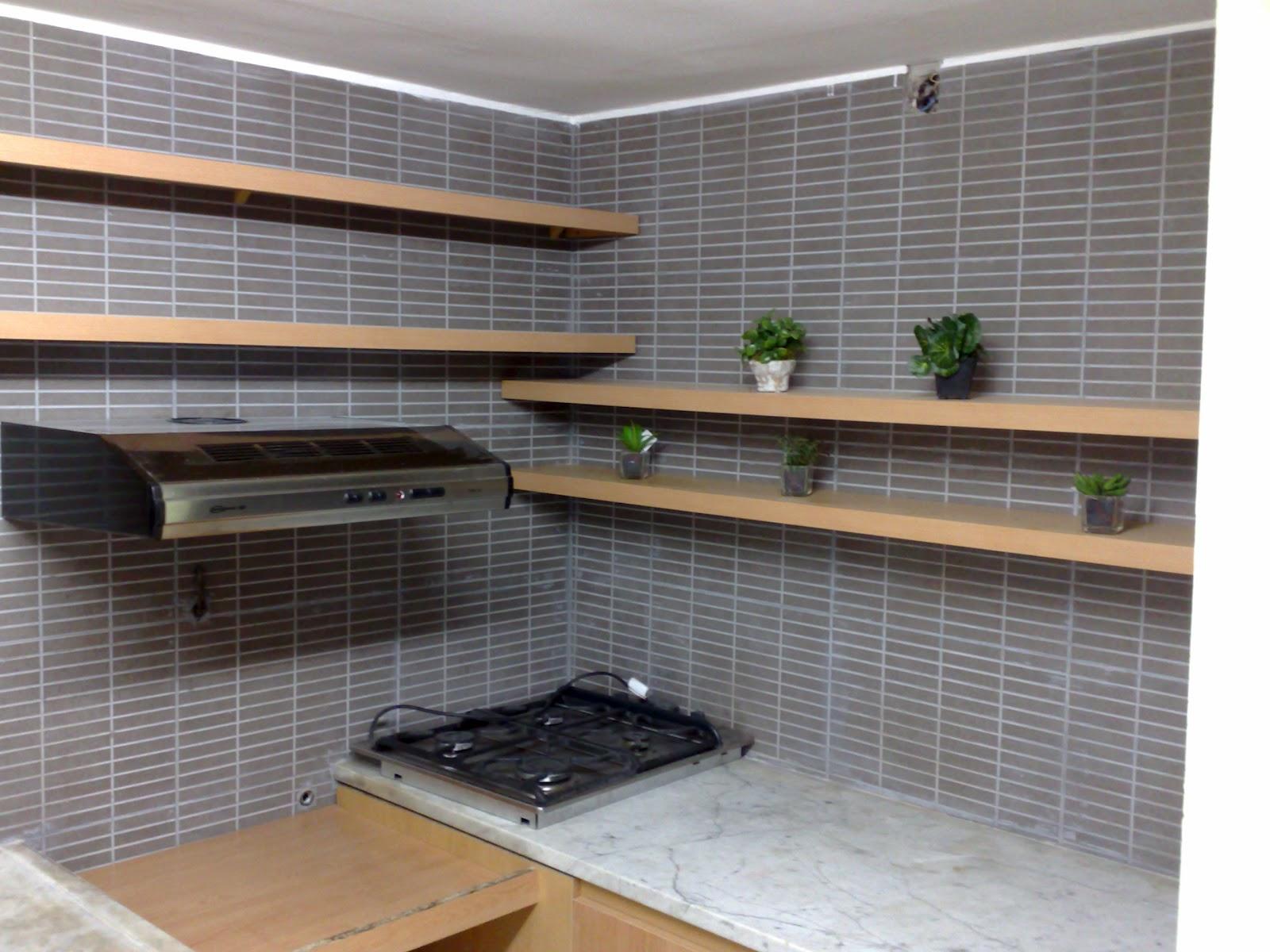 Amoblamientos cj bajo mesada y mueble con estantes y cajones - Muebles con estantes ...